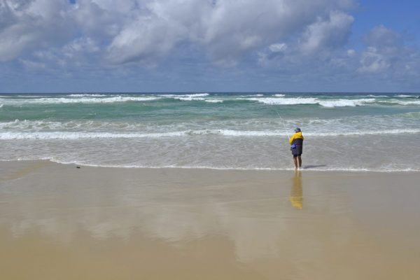 beach and rock fishing at fraser island