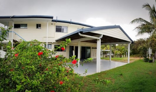 fraser island accommodation